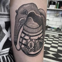 My new tattoo by the wonderful & talented Susanne König! He's called Fergus and I love him!  #tattoo#anteater#susannekönig#suflanda#ants#popcorn#sweater#tongue
