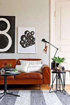 La decoración de salas es todo un arte y comprende un montón de cuestiones que debemos tener en cuenta a la hora de pensar en como decoraremos nuestro salón. Una de esas cuestiones, es el que comprende el lado del sofá, aquél rincón que muchas veces queda desnudo y que no sabemos como aprovechar....