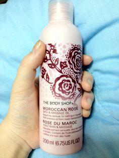 癒しのマッサージオイル。薔薇のいい匂い。オイルなのに全然ベタベタしなくて、むしろサラサラしてるぐらい。あとでまたマッサージしようかな。手だけでも。  *12