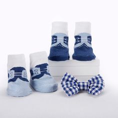 Opentip.com: Baby Aspen BA15136NA Oscar In His Oxfords Plush Plus Puppy with Clip on Bow Tie and Two Pairs of Socks for Baby
