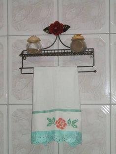 suporte,porta pano de prato,uzado e novo,porta condimento,ouro velho,com rosa,com opsão para varias cores,bonito de bom gosto para sua cosinha. R$ 65,00