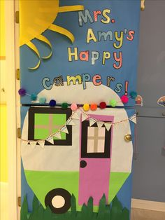 Summer Bulletin Board decor & Classroom door decor ideas for 2019 - Hike n Dip Camping Bulletin Boards, Summer Bulletin Boards, Preschool Bulletin Boards, Classroom Camping Theme, Classroom Ideas, Preschool Classroom Themes, Graphic Studio, Teacher Doors, School Doors