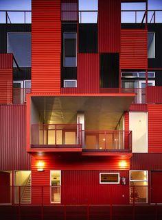 Formosa 1140, de los arquitectos Lorcan O'Herlihy (LOHA), es un proyecto residencial de once viviendas en West Hollywood, California.