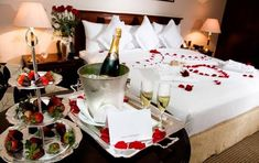 cuartos decorados con rosas y velas - Buscar con Google