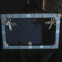 papírová krabička s průhledem