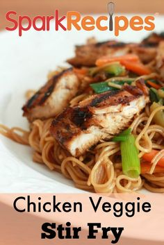 Chicken-Veggie Stir Fry. Very flavorful--left out mushrooms and added pineapple. Leftovers were good for lunch the next day! | via @SparkPeople #chicken #healthy #recipe