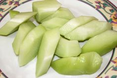Chokos, also called chayote, vegetable pear, or mango squash, are plants that are in the gourd family, much like melons, squash, and cucumber. It's very similar to the summer squash, and is grown in Central America. Chokos have a variety...