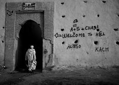 Black and white street photography by Frank Knaack   The D-Photo