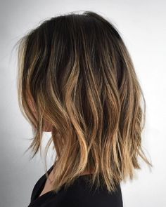70 Brightest Medium Layered Haircuts to Light You Up - Long Disconnected Choppy Bob - Balayage Hair, Ombre Hair, Bronde Lob, Pelo Midi, Medium Hair Styles, Curly Hair Styles, Medium Length Hair Cuts With Layers, Long Bob With Layers, Long Bob Haircuts With Layers