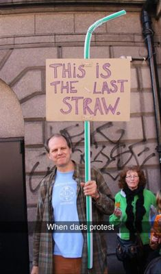 When dads protest • 35 Funny Pictures for Today Dummies of the Year • ROFL