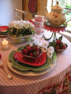 My leaf plates...and strawberries...<3