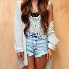 Simple but casual and pretty outfit that can be worn anywhere. Daily Fashion, Fashion Mode, Teen Fashion, Fashion Outfits, Womens Fashion, Hipster Fashion, Skirt Fashion, Style Fashion, Bad Girl Look