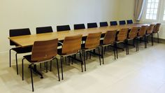 "Kusch+Co ""San_Siro"" tafel met Kusch+Co ""Uni_Verso"" stoelen"