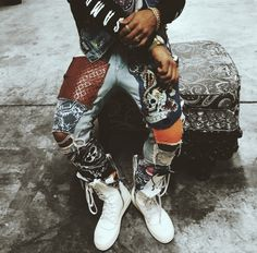 Custom patchwork denim (Choloeaddy) | Men's Street Style