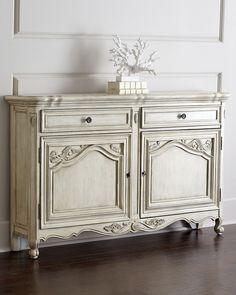 Mertise Sideboard, Antique White