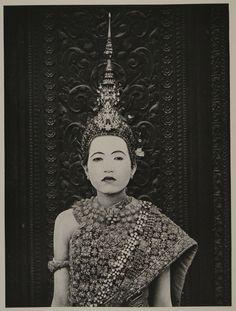 Phnom Penh, 1924 - Member of the Royal Ballet of Cambodia.