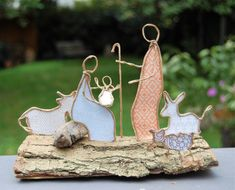 ZR 10 Number Collection # Numbers in Love # Friends of Ten - Nativity Diy How to Make Diy Nativity, Christmas Nativity, Christmas Wreaths, Christmas Crafts, Christmas Decorations, Christmas Ornaments, Wire Crafts, Diy And Crafts, Crochet Pony