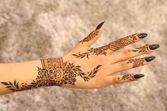 Booking for henna services,, Call / Ain,, UAE Arabic Henna Designs, Modern Mehndi Designs, Mehndi Design Pictures, Bridal Henna Designs, Unique Mehndi Designs, Henna Designs Easy, Beautiful Henna Designs, Mehndi Designs For Hands, Henna Tattoo Designs