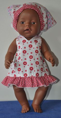 Poppenkleertjes Naaien Gratis Patronen Girl Dolls, Baby Dolls, Baby Shower Game Prizes, Baby Born Clothes, American Doll Clothes, Wellie Wishers, Baby Alive, Bitty Baby, Twin Babies