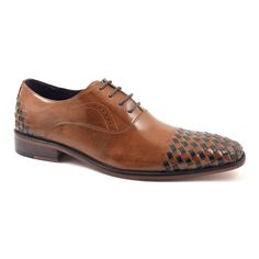 This tan oxford shoe has dark brown leather woven detail to the toe and the heel which gives a designer edge.