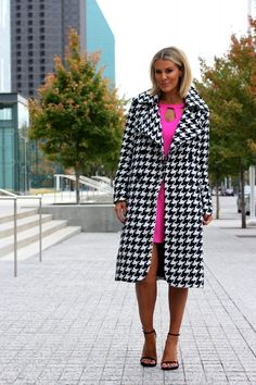 What Courtney Wore, love the hair What Courtney Wore, Courtney Kerr, Courtney Love, Houndstooth Coat, Black Love, Black White, Autumn Winter Fashion, Winter Style, Dressed To Kill