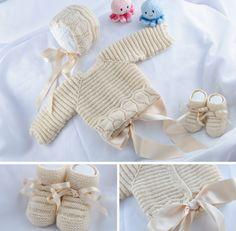 El baul del bebe Baby Knitting Patterns, Baby Patterns, Crochet For Kids, Crochet Baby, Knit Crochet, Tricot Baby, Baby Barn, Baby Cardigan, Baby Socks