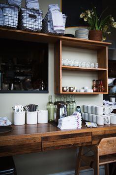 "kiyoaki: "" (vía Desserts for Breakfast: Breakfast with Alice at Plow, San Francisco) "" Cafe Restaurant, Restaurant Design, Cafe Design, House Design, Mein Café, Mini Loft, Sweet Home, Cafe Shop, Decoration"