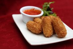 Cheese and Jalepeno Croquettes - Barrel Shaped deep fried Fritters served with Sweet Chilly sauce. Yummy and Crispy :) #GodFatther #FoodTruck @ Sector 29, Gurgaon.