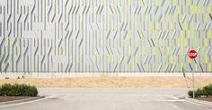 Fili d'erba: nel progetto di Cino Zucchi la natura abbraccia il nuovo magazzino automatico Pedrali