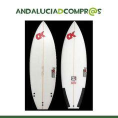 Arena, olas, sol, playa… las costas andaluzas ya nos brindan maravillosos días para disfrutar del Surf!!! Acércate a Fraktura SurfWorkshop y encuentra tu tabla!