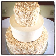 Peach rosette wedding cake