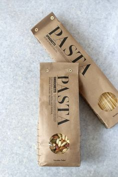 Simple rectangular design that seems to be recycled paper packaged. It shows the pasta too. It's main focus is on the word pasta that is bold and in Capri all letters Bread Packaging, Coffee Packaging, Paper Packaging, Pouch Packaging, Cardboard Packaging, Bottle Packaging, Food Packaging Design, Packaging Design Inspiration, Café Bistro
