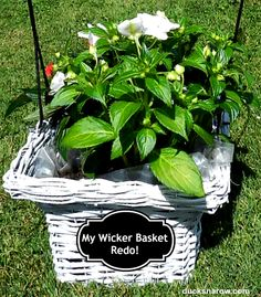 How to make an old wicker basket look like brand new for CHEAP! #DIY