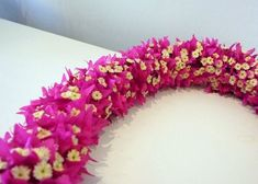 Bougainvillea kui lei - photo from sweet blossoms Hawaii Most Beautiful Flowers, Rare Flowers, Pretty Flowers, Flower Garland Wedding, Flower Garlands, Wedding Flowers, Bougainvillea Wedding, Hawaiian Flowers, Hawaiian Leis