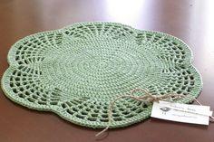 Crochet - Placemat Good aunt and Uncle / grandparent Christmas ideas