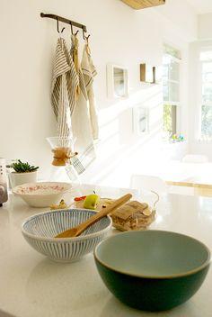 Love that striped bowl!