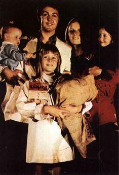 McCartney family 💚