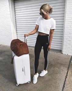 """712 Synes godt om, 6 kommentarer – Jordan & Kemper (@joandkemp) på Instagram: """"weekend getaway  outfit linked in http://liketk.it/2rE3r #liketkit @liketoknow.it #f21xme #ad…"""""""