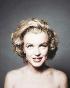 Marilyn Monroe photographed by Richard Avedon. Marilyn Monroe photographed by Richard Avedon. Marylin Monroe, Marilyn Monroe Photos, Marilyn Monroe Curves, Marilyn Monroe Playboy, Marilyn Monroe Portrait, Audrey Hepburn, Hollywood Stars, Classic Hollywood, Old Hollywood