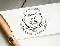 Pretty #customstamps perfect for #weddinginvitations #replycards or as #engagementgift https://t.co/O0lOm2VJXO https://t.co/33xHNrJjS7