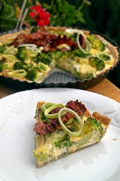 Quiche, Bacon Chips, Vegas, Light Recipes, Avocado Toast, Vegetable Pizza, Paleo, Easy Meals, Food And Drink