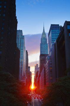 Atardecer en NY - El Manhattanhenge va de las calles 14 a 57 #NuevaYork #EstadosUnidos
