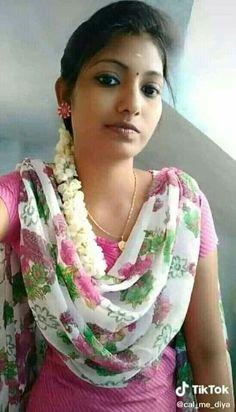 Beautiful Girl Photo, Beautiful Girl Indian, Most Beautiful Indian Actress, Beautiful Women, Girl Photography Poses, Beauty Photography, Beauty Full Girl, Beauty Women, Girl Number For Friendship