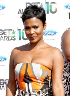Nia Long Tousled Side Parted Pixie Cut