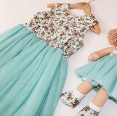 Matching little girl & Molly Dolly's @kidstoredublin @sweetbaby.ie and our website . www.linzyo.ie . #linzyo #prettydresses #wearekidcollective #toocute #partydress #irishdesigner #childrenswear #irishbrand #twinning #ragdoll #molldolly #handmadeclothes #girlygirls #letthembekids