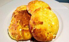 Κοινοποιήστε στο Facebook Μια πολύ νόστιμη και γρήγορη συνταγή που θα ικανοποιήσει μικρούς και μεγάλους! Υλικά 1 κεσεδάκι γιαούρτι 2% 1 φλιτζάνι ηλιέλαιο 2 αυγά 1 κουταλιά της σούπας αλάτι 500 γρ. αλεύρι που φουσκώνει μόνο του 250 γρ. φέτα...