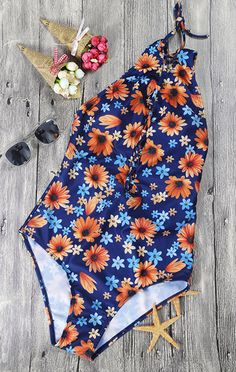 It doesn't get much better than a relaxing beach day.Take this one-piece floral swimsuit without doubt at WealFeel.com