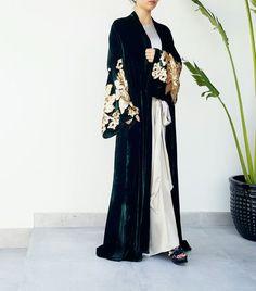 Emerald Green silk velvet wedding abaya available online www. Abaya Fashion, Modest Fashion, Fashion Dresses, Muslim Fashion, Wedding Abaya, Dress Wedding, Modern Abaya, Modele Hijab, Abaya Designs