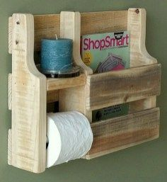 Beautiful DIY Toilet Paper Holder - Have you ever faced the situation where you wanted another toilet paper roll, but there was none present. This surely is a very difficult and embarras. Pallet Furniture, Rustic Furniture, Furniture Ideas, Furniture Makeover, Pallet Chairs, Furniture Removal, Furniture Design, Cool Toilets, Rustic Toilet Paper Holders