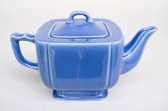 fiestaware teapots vintage | ... Mauve Early Variation Teapot For Sale: 1930s, 1940s American Pottery
